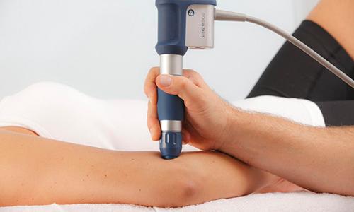 servizio di fisioterapia ad onde d'urto di fisio tre